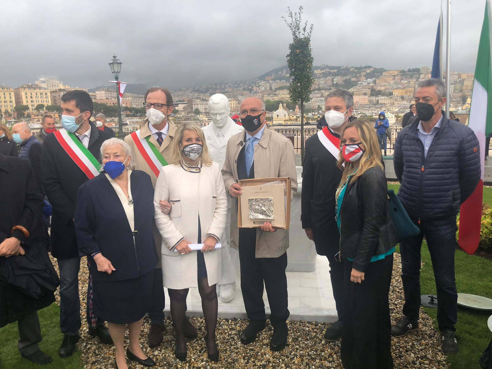 Inaugurazione monumento Giorgio Parodi